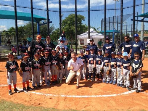 mayor-hosted-doral-little-league-game-as-part-of-major-league-baseball